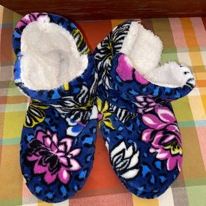 LIKE NEW Vera Bradley African Violet Slippers